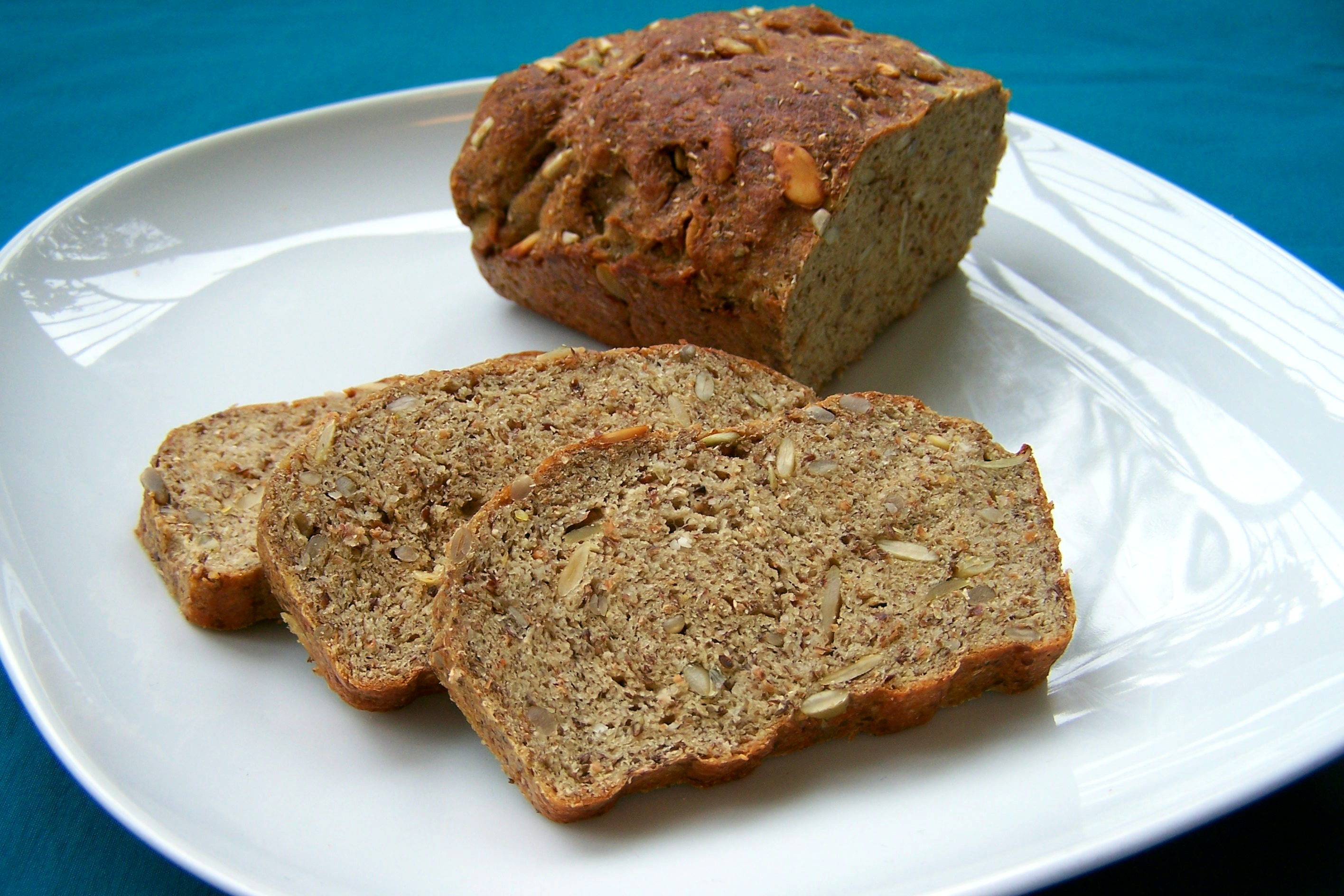 Low carb high protein bread, vegan