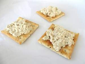 Vegan blue cheese spread