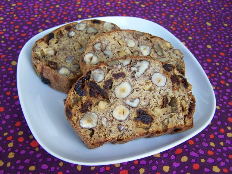 Low carb vegan nut bread