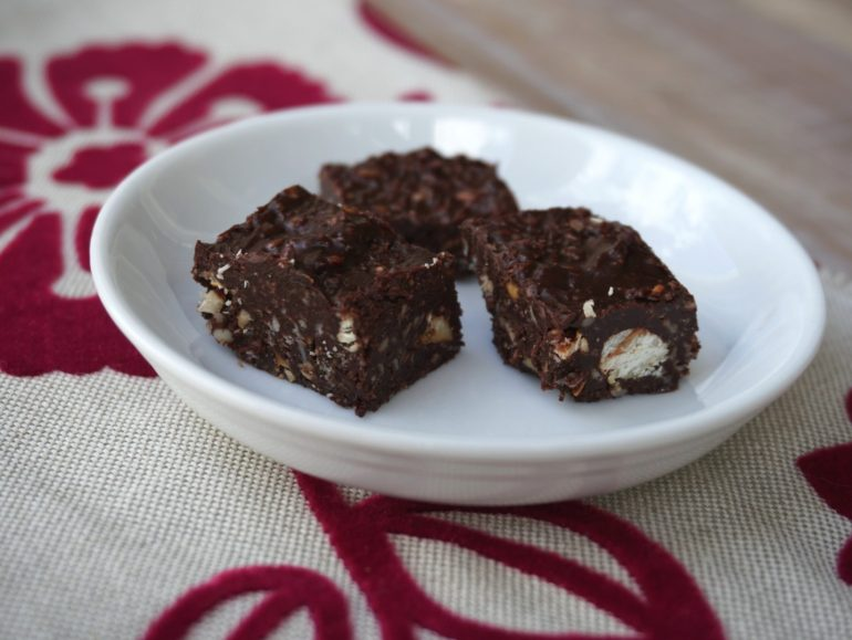Nutty fudge, low carb vegan